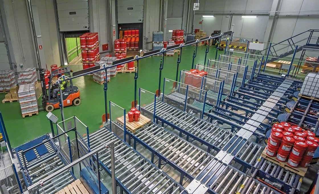 Los sistemas automáticos facilitan la carga y descarga de mercancías, un aspecto fundamental para el sistema just-in-time