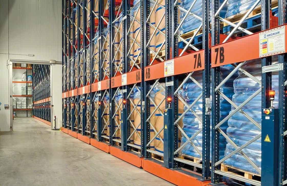Los racks móviles Movirack han conseguido aumentar la capacidad del almacén frigorífico de Iberfresco