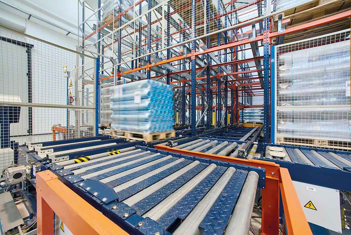 La automatización del movimiento de cargas reduce los 'lead times' del almacén, mejorando la rotación de los productos
