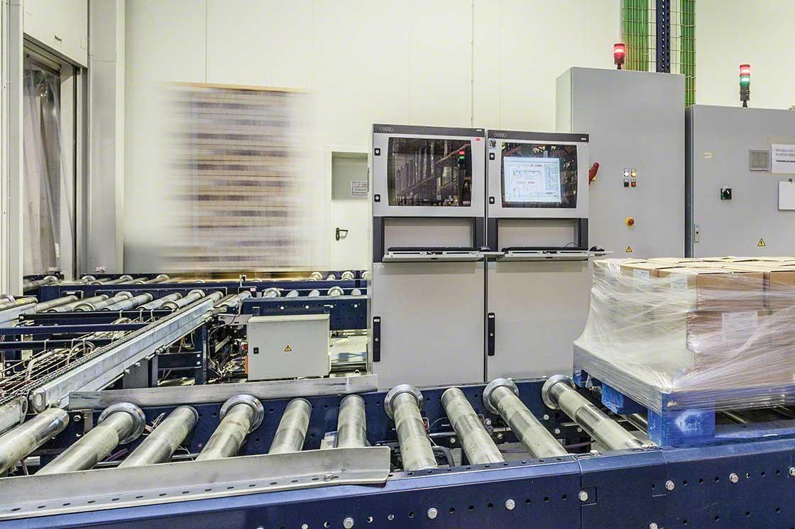 El SGA posibilita el control automático de entradas y salidas en el almacén